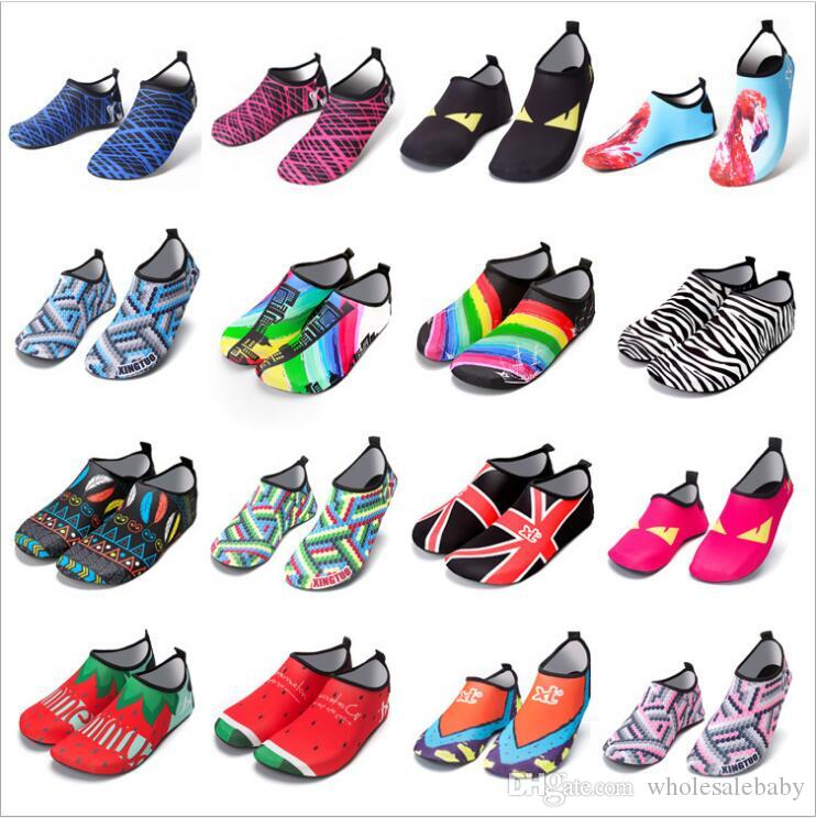AkiWoo Kids Water Shoes Boys Girls Swim Shoes Quick Dry Non-Slip Barefoot Aqua Socks Beach Pool