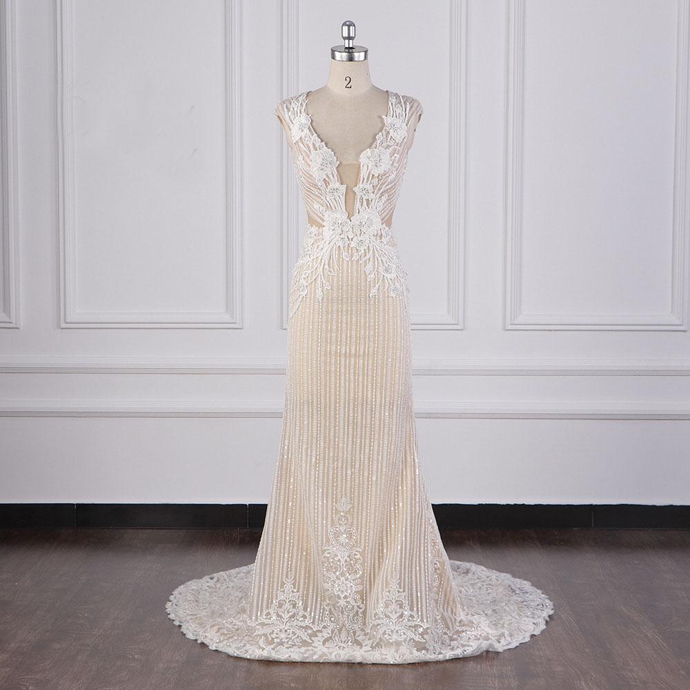 Luxus mit tiefem V-Ausschnitt Mermaid Brautkleid Appliques Hauptperlenstickerei Celebrity Brautkleider mit Champagner Futter Backless Brautkleider