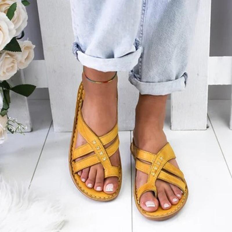 Sandales confortables Chaussons 2020 Roman Fashion Wedge Sandales à talons bas Chaussures de plage Chaussures tongs Casual