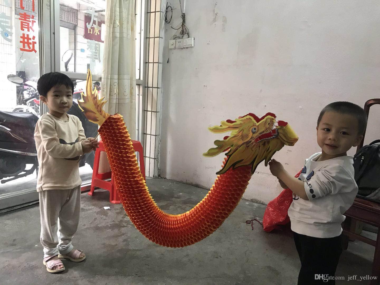 Ücretsiz kargo Ejderha dans Küçük kağıt ejderha Prop El Sanatları oyuncak Çin geleneksel hediye kağıt Kesme uzmanlık oyuncak