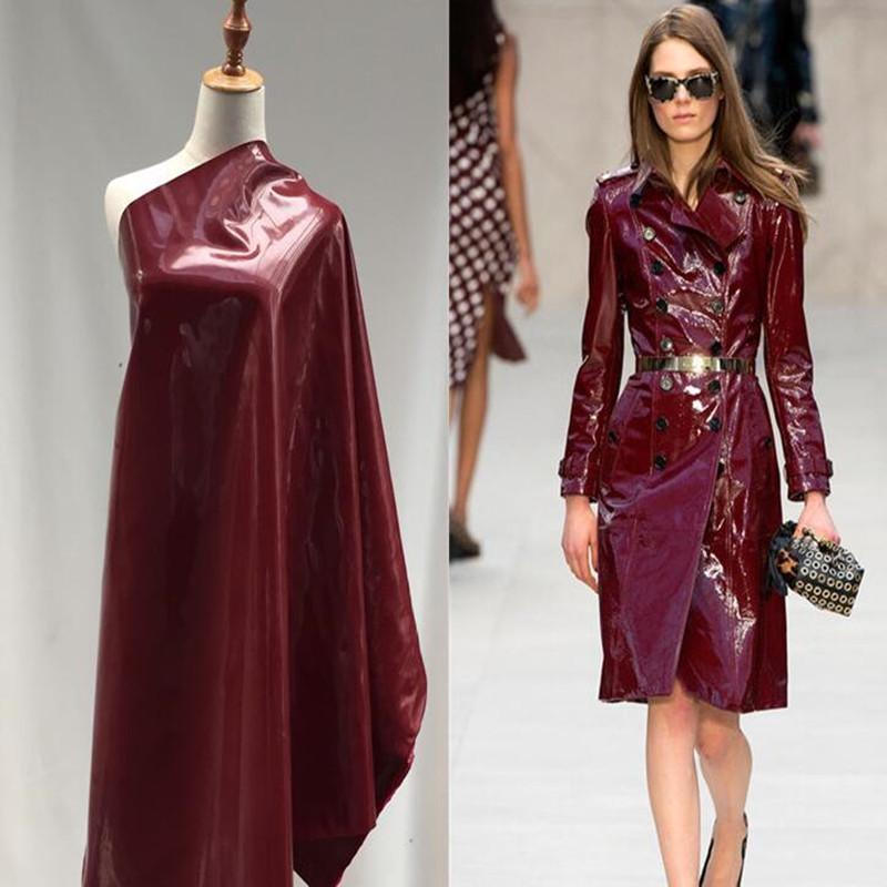 Wine patente vermelho com disco pacote brilhante superfície de couro pu scrapbooking tecido casaco vestido têxteis DIY tissu elástica C943 pano