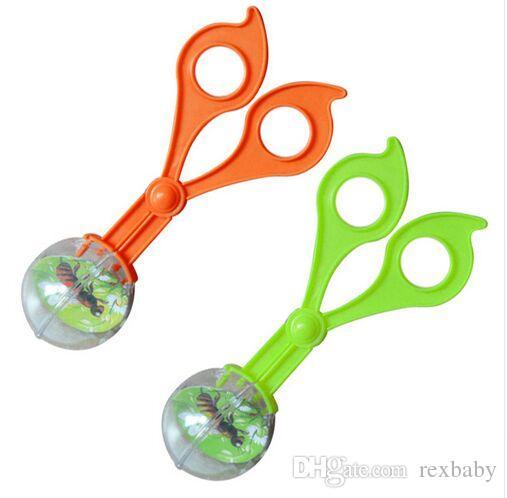 Plastic Bug Insect Catcher Scissors Tongs Tweezers For Kids Children Toy Handy Tool