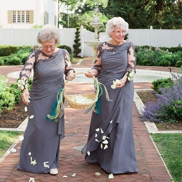 Lange graue Mutter der Braut Kleid Halbarm wulstige Spitze Chiffon- eine Linie Hochzeitsgast Kleider Abendkleider