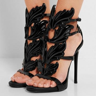 Nuevas sandalias de verano Roma Street Pat Wings Flame Tacones altos Hoja Zapatos de boda de alta calidad Zapatos de mujer
