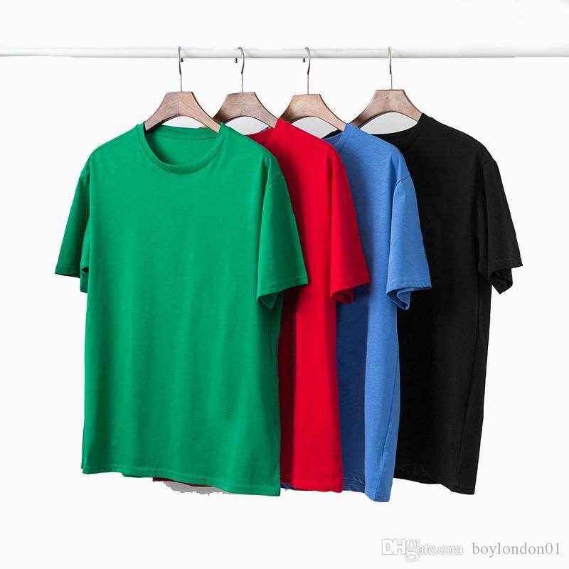 2020 Известные Mens T Shirt Polos Mens высокого качества способа вскользь с коротким рукавом Мужчины Женщины высокого качества Стилист Письмо печати тройники