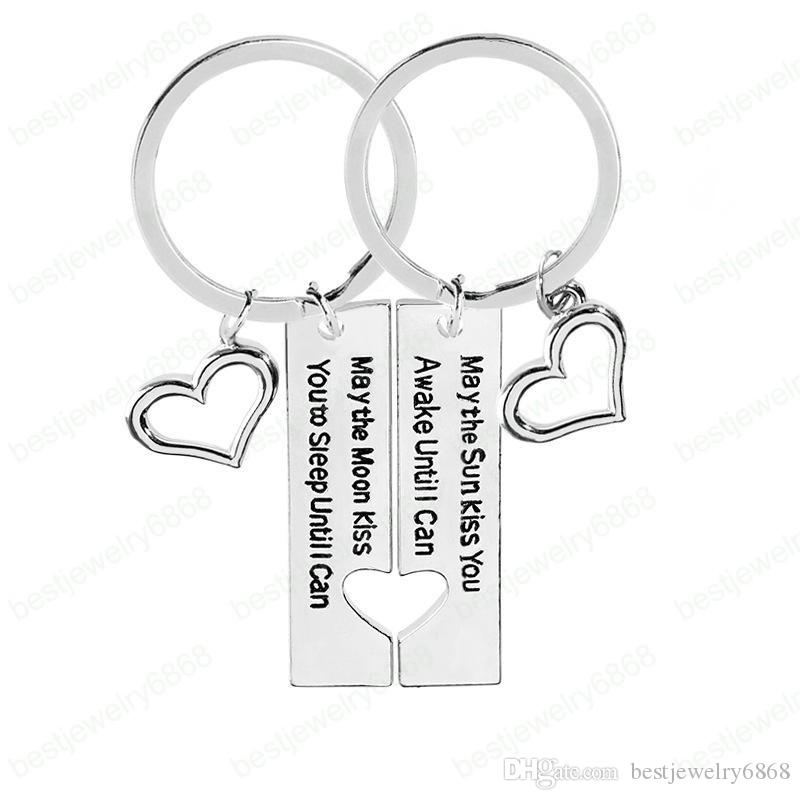 2pc/set Keychain Couples Key Rings May the sun kiss you May the moon kiss you Pendant Key Chain Alloy Car Key Rings Gift