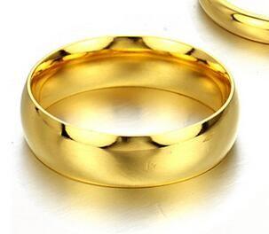 Meilleur Bijoux Lovers pas de décoloration acier titane femmes or couleur Bagues de fiançailles de mariage de mode anneau de bijoux