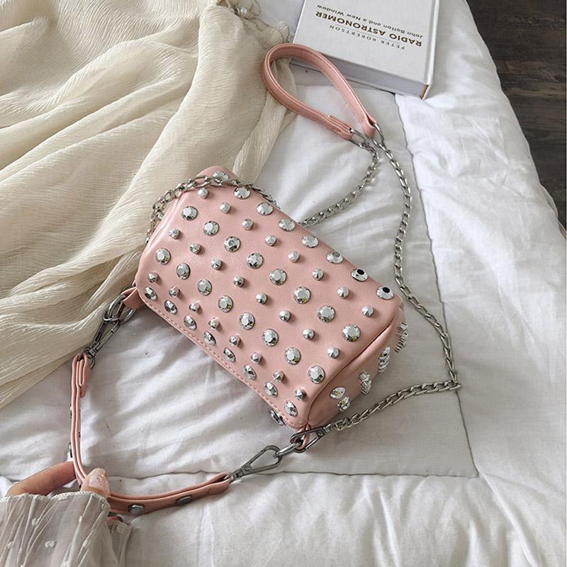 Embrague Hombro Mensajero Bolsa Mujer Hombro Femenino Paquete Paquete Remache Bolso Moda Bolso Bolso Tendencia Nguri