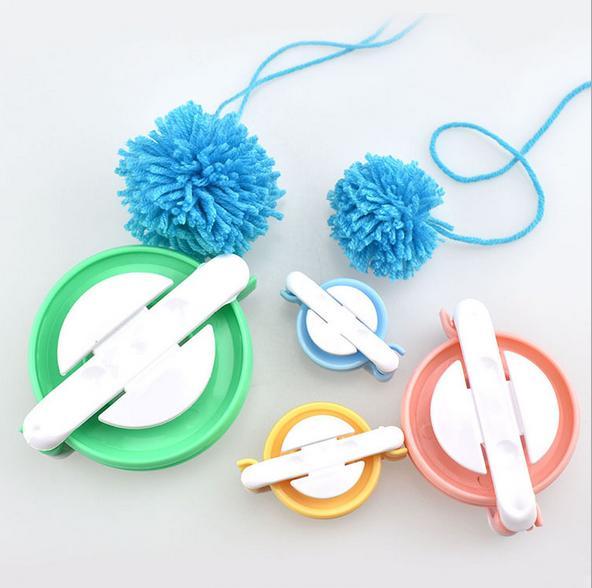Pom Pom Maker 4 Sizes Small To Large Set DIY Pompom Kit Fluff Ball Weaver Maker