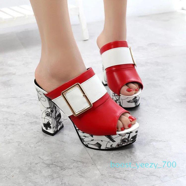 Hot Sale-2019 estilo plataforma Chinelos Mulheres fivelas Sandals Mulheres de salto alto chinelo grossas Heel verão Mulheres Chinelo Shoes