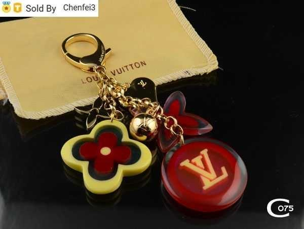 Chenfei3 FW58 Acrylic KEY HOLDERS BAG CHARM JINGLE V BAG CHARM & KEY HOLDER M00015 ILLUSTRé JACKET BAG CHARM & KEY HOLDER MP1789