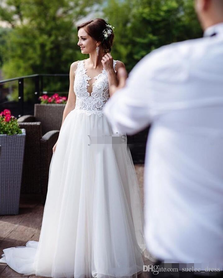 2020 Sheer cou robes de mariée Plongeant Une ligne Tulle Applique dentelle balayage train bretelles dos nu Custom Made Country robe de mariage