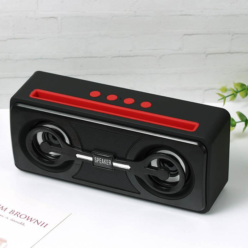 Novo Wireless Speaker Bluetooth Outdoor duplo Speaker Subwoofer com Lanterna Mobile Phone Suporte Multifunction Speaker para Xiaomi Huawei