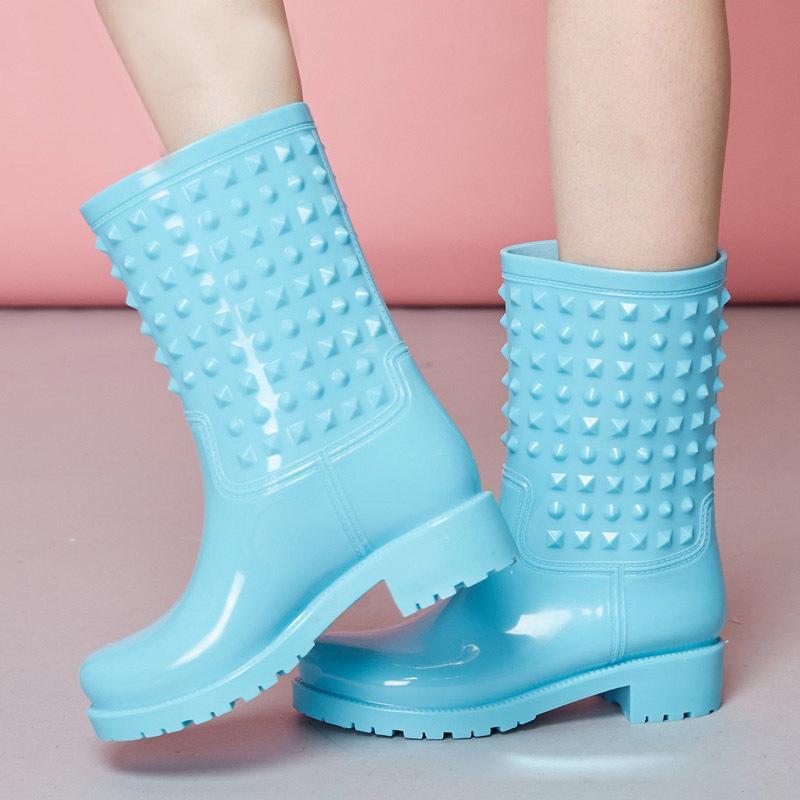 Herbst Mädchen Regen Stiefel Britische Mode Plattform Silp Auf Erwachsene Wasserdichte Bunte Stiefel Frau Schuhe Mittlere Waden rutschfeste