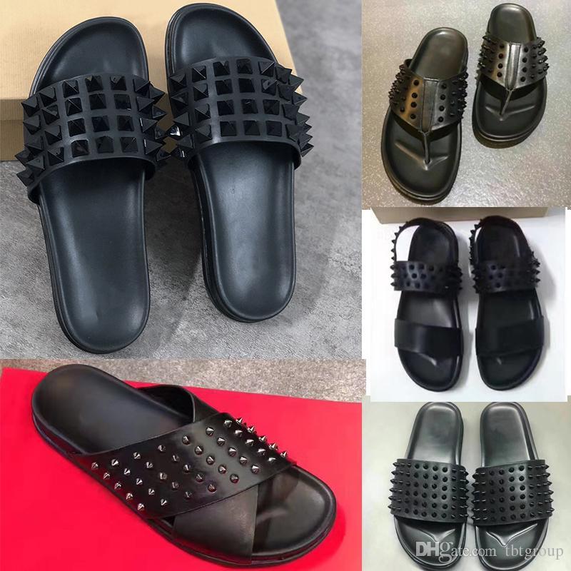 Hommes Designer Chaussures Fond Red Fond Spikes Pantoufles Véritable Sandales en cuir Véritable Summer Summer Flip Flops Grande taille