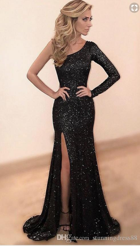 On One Side Long Sleeve Prom Dresses