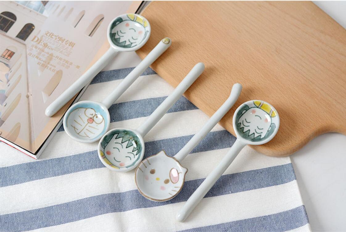 Creative cuillère en céramique dessin animé mignon petites boules chats soupe boisson maison japonaise longue cuillère personnalité adulte poignée