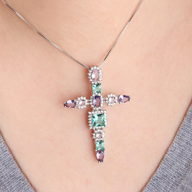 Multicolor Cross Pendants Necklace Cubic Zirconia Stone For Women Fashion Clear Crystal Glass Party Necklace Trendy Jewelry New Y19050802