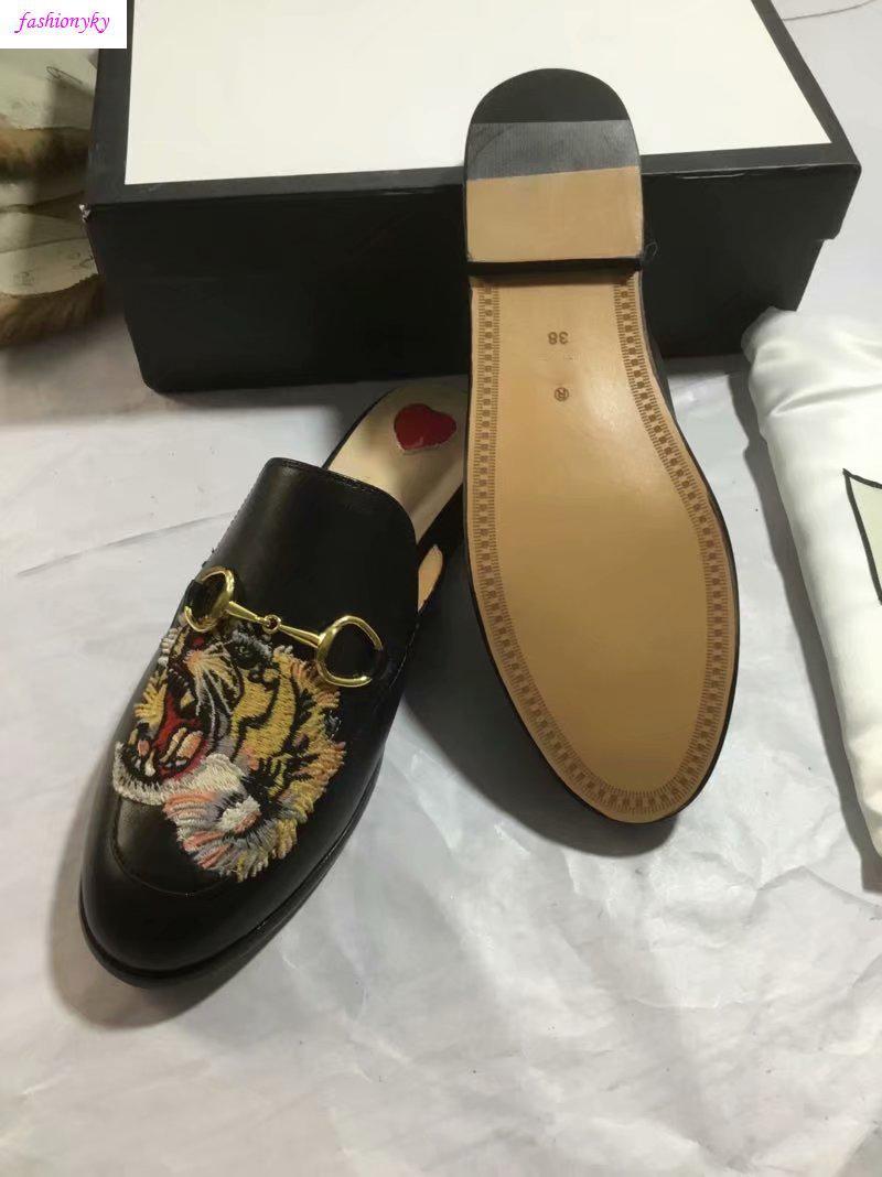 Hot Muli 423513 Princetown Designer Classic scivoloso fibbia in metallo spiaggia pantofole morbide innamorati shoesWith box