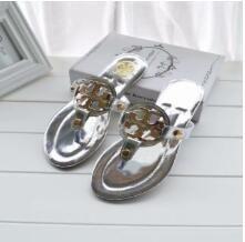 2019New Sandales mode d'été Flip Flops Soutien-gorge Femmes nd Chaussures Fleurs et extérieur confortable Sandales plates Plage Slippers999