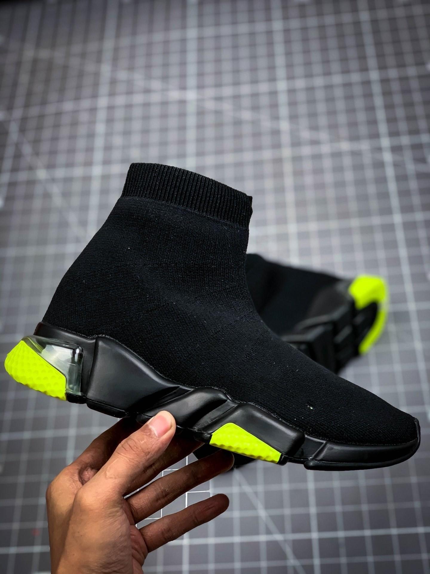 Balenciaga shoes 2020 أحذية جديدة باريس المصمم سرعة مدرب أسود أحمر جيبسوفيلا الثلاثي الأسود الأزياء شقة سوك أحذية الرجال النساء أحذية عارضة الاحذية