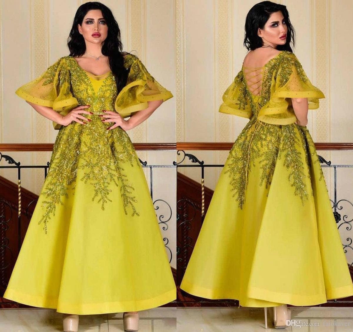 De luxe perlée 2019 robes de soirée arabes profonde col en v A-line longueur de plancher longueur manches courtes robes de bal à lacets dos formelle robes de soirée
