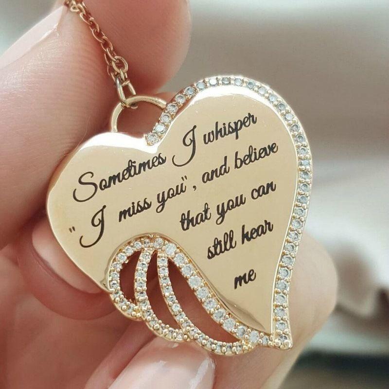 Gravür Mektup Kolye Yaratıcı Moda Kalp Kolye Paslanmaz Çelik Zincir Kristal Gümüş Melek Kanatları Kadınlar Için Kolye Takı Hediye