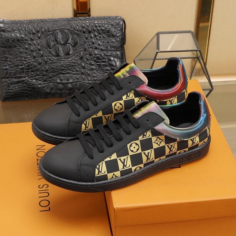 2020 E1 Herrenlederschuhe Persönlichkeit Mode Freizeitschuhe Lace-up Bequeme Herren Sneakers Qualitäts-ursprünglicher Kasten Verpacken