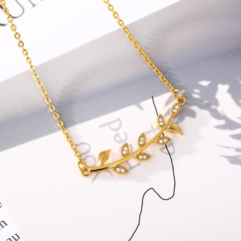Leaf Pendant Necklace Zircon Inlay Women's Jewelry Close to Nature Picnic Clavicle Chain Sisters Same Style Copper N00584