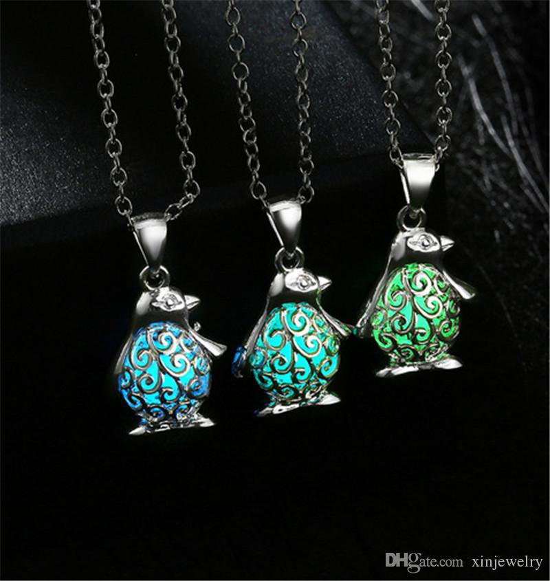 Mens Woman Glowing Penguin Neck Halloween Luminous Pendant Chain Metal Fluorescent Jewelry Gift Popular Designer Necklace