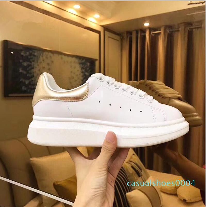 2019 Luxury Designer Hommes Chaussures Casual Cheap Best de haute qualité pour femmes Mode Chaussures Femmes Hommes Chaussures Formateurs Blanc Plate-forme en cuir C04