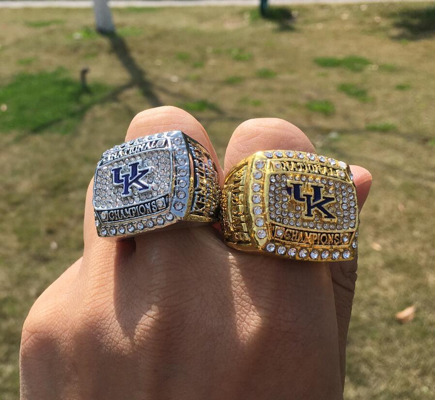 2pcs 2012 Université du Kentucky Wildcats Championnat National Team Champions Anneau Souvenir Fan Hommes Coffret Cadeau 2020