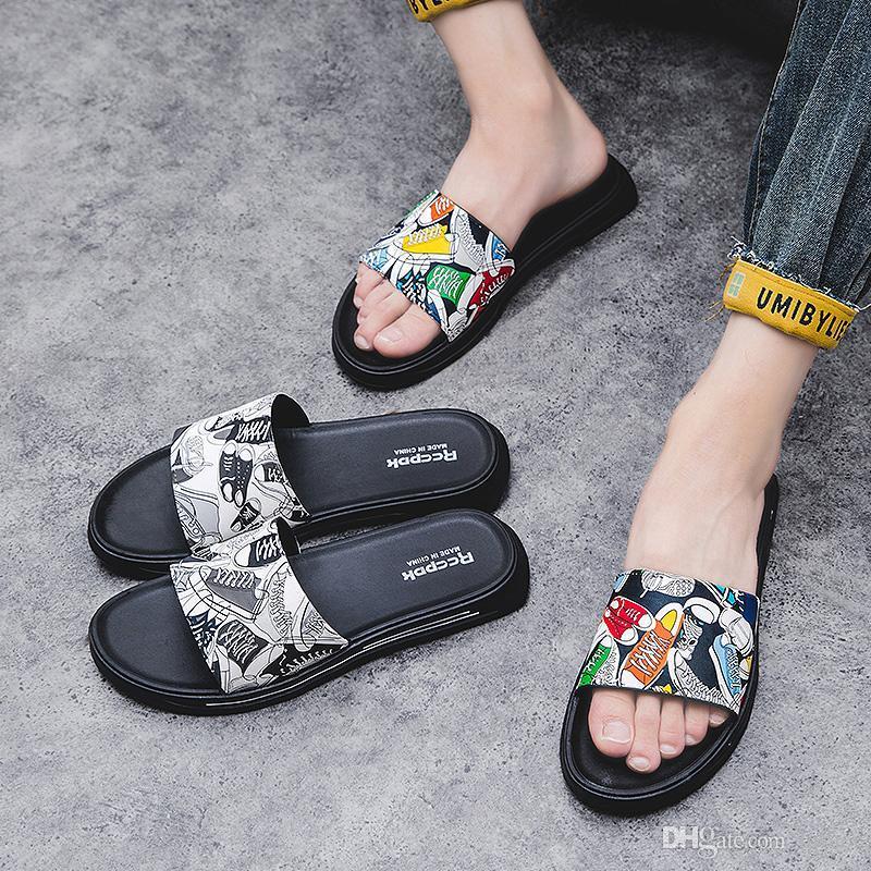 Scarpe antiscivolo Personalità ed estate Pantofole Sandali Sandali Pantofole Stampa di moda Drag Beach Word Tide Uomo Casa da uomo Scarpe da marca all'aperto UMTNA