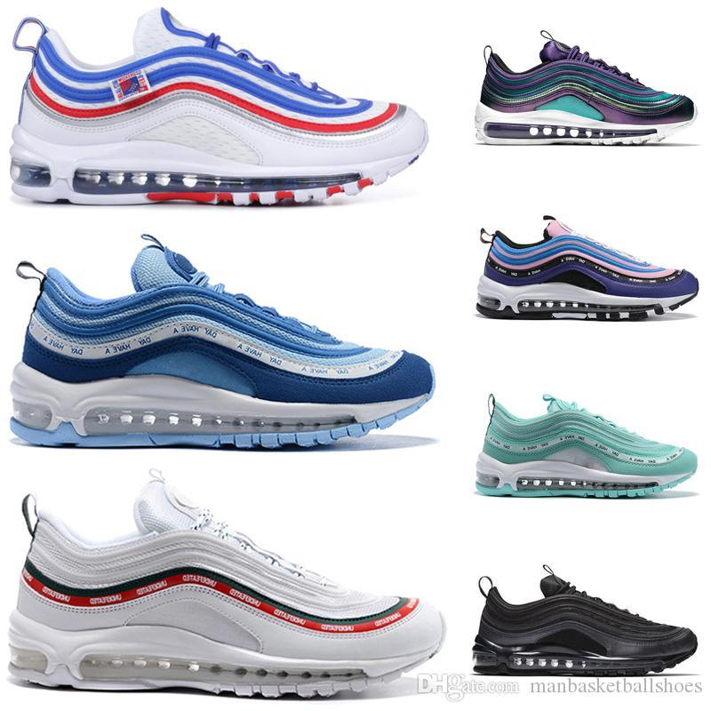 Femmes Chaussures de course ont une journée invaincue blanc noir triple blanc Iridescent Hommes formateurs mode chaussures de sport 36-45