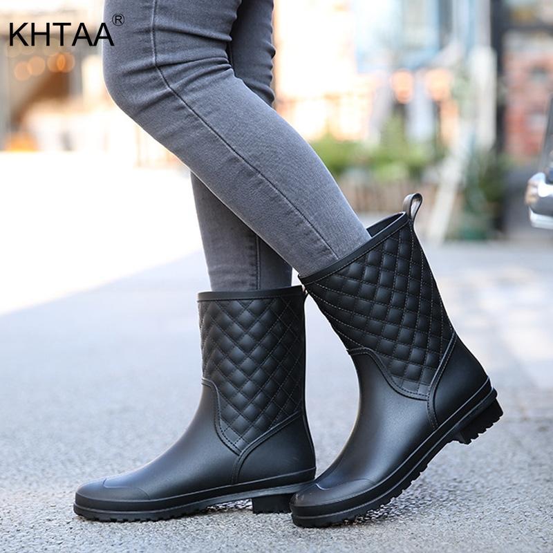 Mujeres Rainboots Plataforma Plana Tacones Bajos Mediados de pantorrilla Bota Nueva moda Mujer Slip On Coser Zapatos Casuales Damas Calzado Impermeable