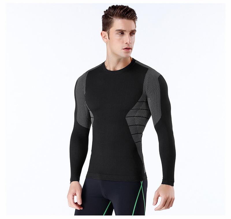 Mens Sport lambrissé T-shirts Formation Plein Air Hommes respirant Hauts Homme séchage rapide O manches longues T-shirts