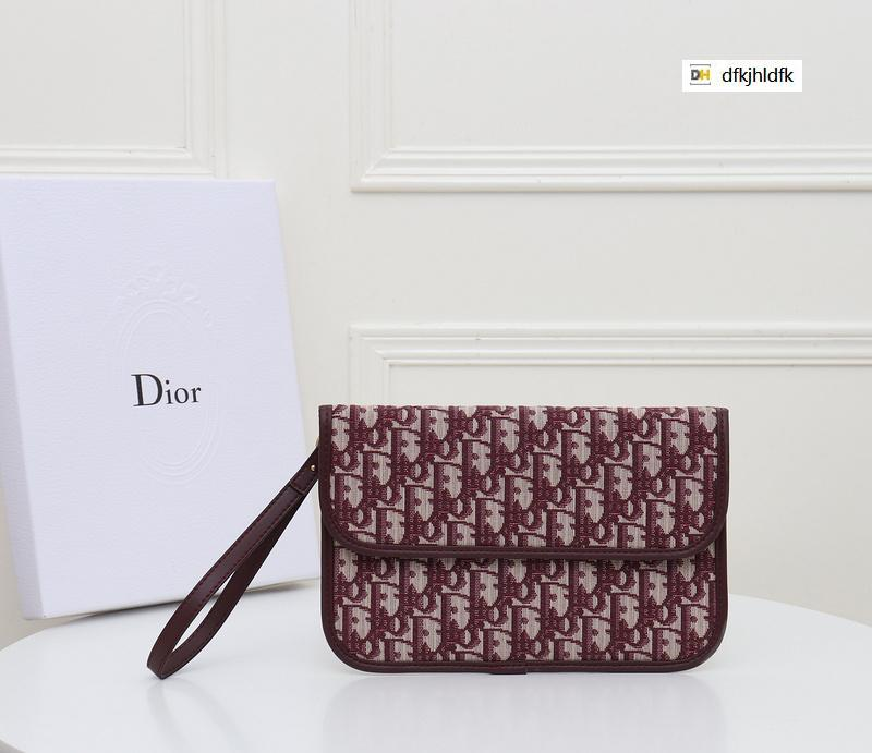 UCTO 1055 clutch bag red REAL LEATHER Compact Long Wallets Chain Wallet Pouches Key Card Holders Phone Cases PURSE CLUTCHES