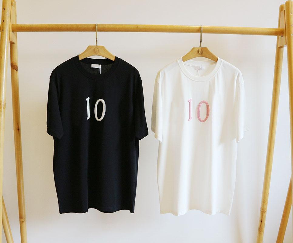 새로운 최고 품질의 dior 브랜드 느슨한 t shirt 을 인쇄하는 2020 여름 고급 디자이너 옷 O 목 소매 편지를 여자 망 꼭대기에 오른다