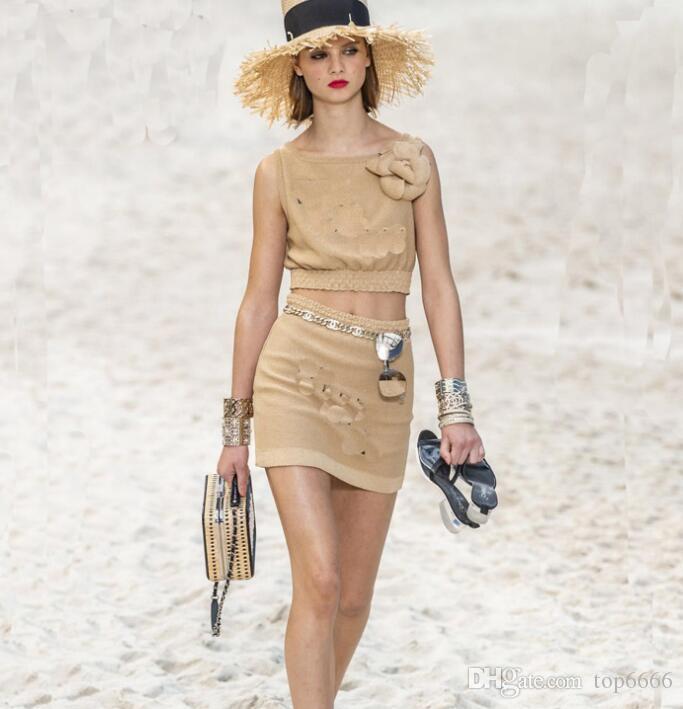 women summer Dress Tube top Elastic zipper fashion Brand Classic sexy Travel vacation beach Camellia hip skirt fashion Knitted ice silk set