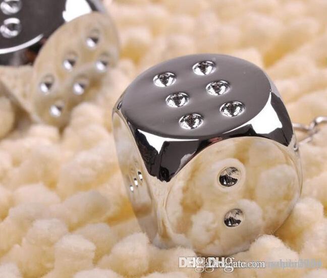 HOT سلاسل المفاتيح صفقة سوبر الإبداعية الجديدة سلسلة مفتاح معدن اصلي الشخصية النرد سلسلة المفاتيح سبائك للحصول على سيارة المفتاح الدائري حلية الشحن المجاني