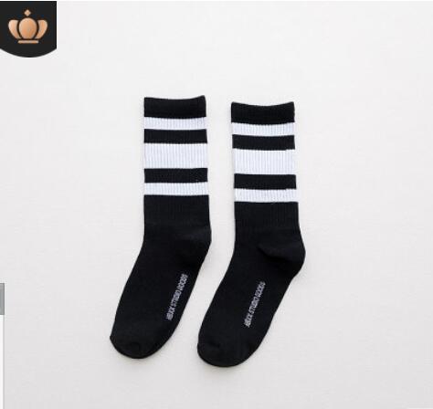 Desinger Erkekler Için Spor Çorap Çorap Kadın Mektuplar hip hop kaykay Çorap Çince karakterler Ile sokak Harajuku 23 renkler isteğe bağlı