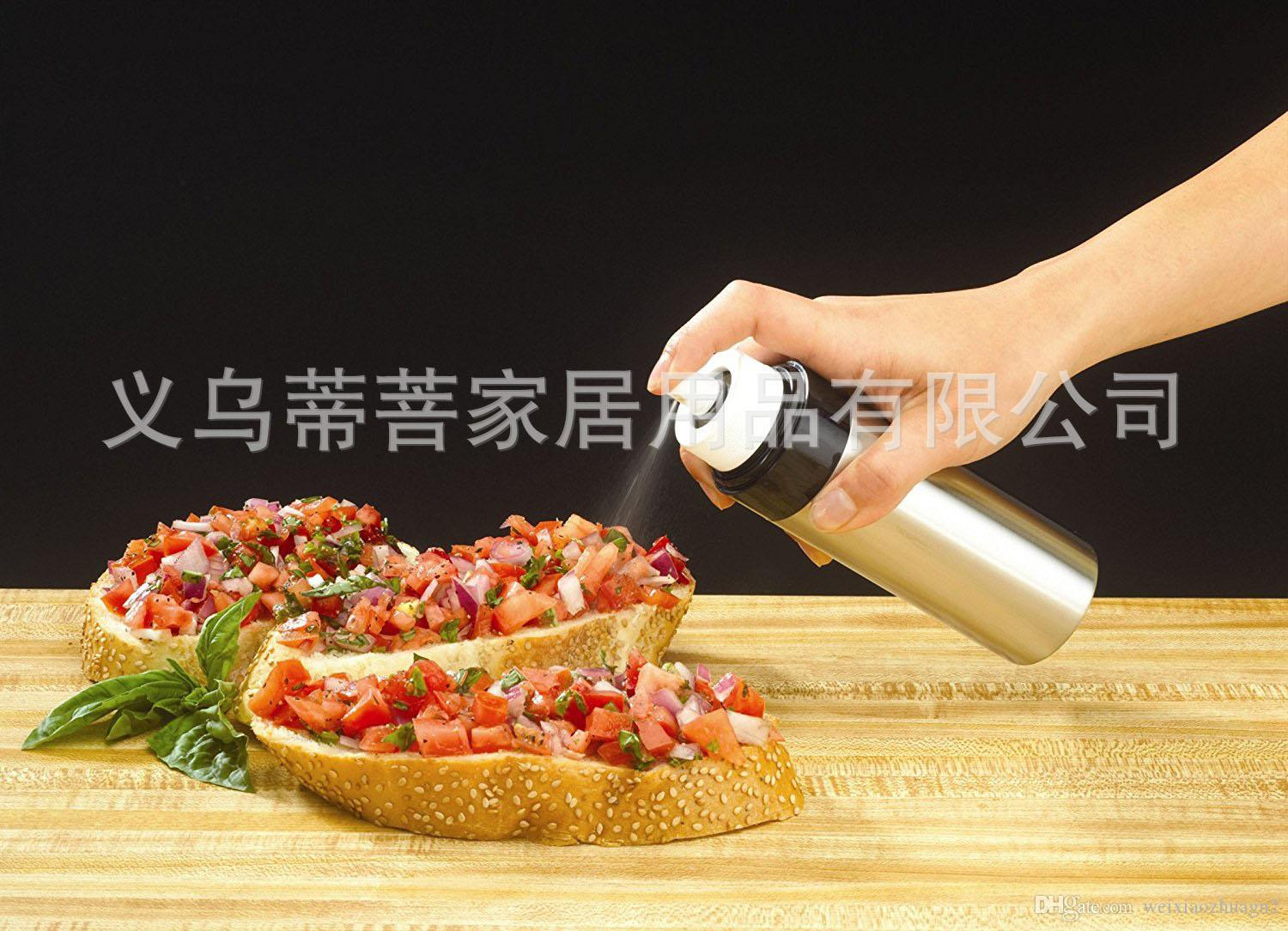 Five pieces from the batch plastic material Fuel injection bottle, kitchen spray oil bottle, seasoning oil bottle
