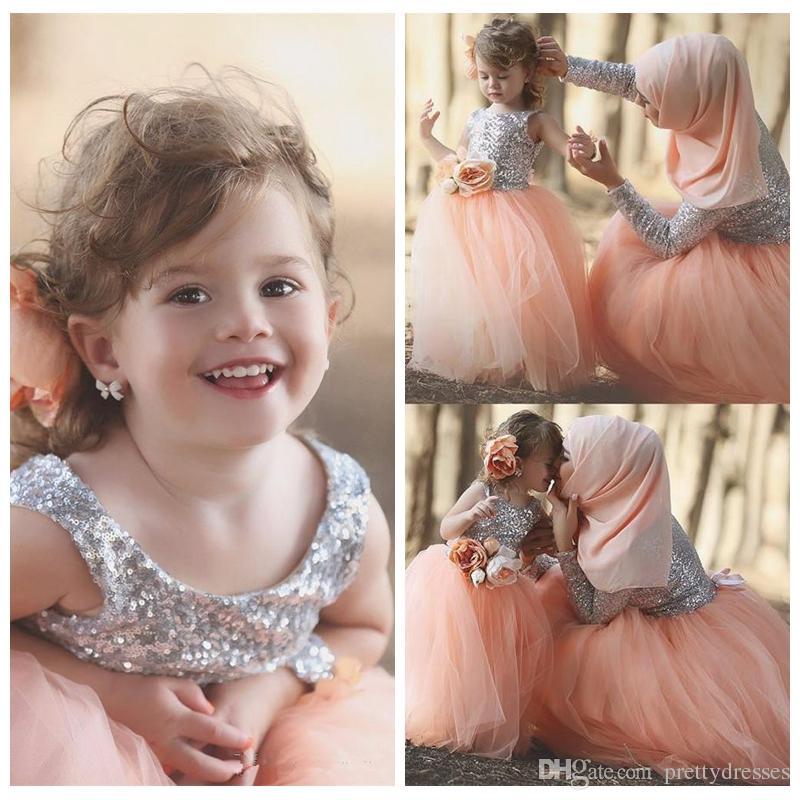 Bling Bling Silver Sequins Top A-Line Flower Girls Dresses Tulle Skirt 2019 Cheap Vestidos De Kids Birthday Party Gowns Cheap Formal Wear