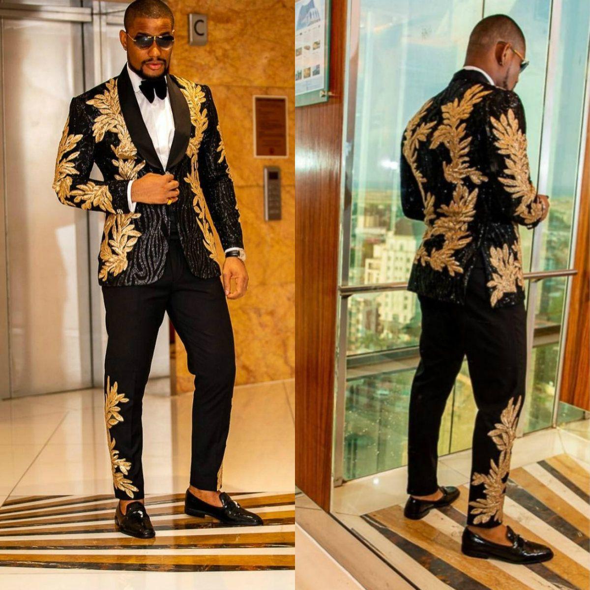 الرجال السود الدعاوى مع التطريز الذهب مطرز قطعتين شال التلبيب مصمم الزفاف البدلات الرسمية الذهب رجل سترة والسراويل