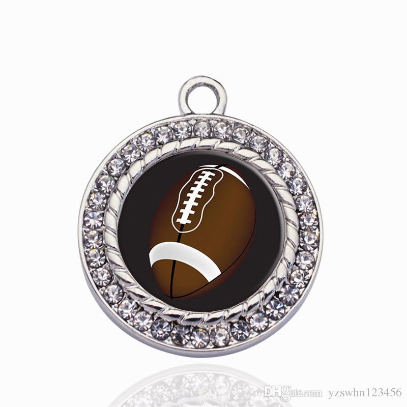 Los amantes del fútbol círculo encantan los accesorios de la joyería de DIY que hacen para NecklaceBracelets