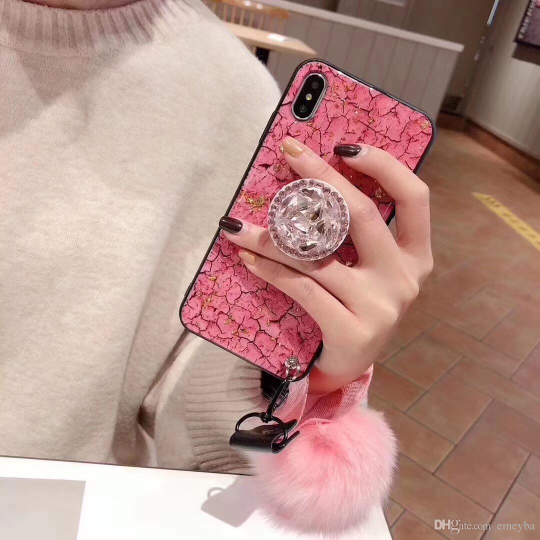Casi di copertura del telefono di marmo di lusso per Iphone Xs Max Xr X 6 6S 7 8 Plus 6Plus casi con Jeweled Bracket Fur Ball Hand Strap Coque