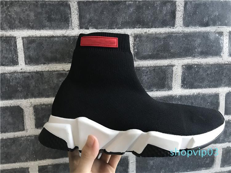 V45 [kutusu ile] Yüksek Kalite Erkekler Ve Kadınlar Spor Ayakkabı Lüks Çorap Hız Eğitmen Running Sneakers Hız Eğitmen Çorap yarışı Koşucular Siyah Ayakkabı