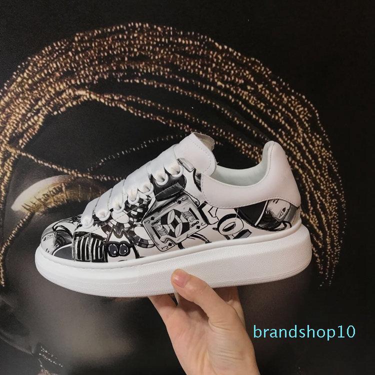 chaussures Peinture à l'huile lacées style, semelle épaisse, cuir à tête ronde, des hommes et des chaussures de loisirs des femmes, des chaussures de sport, libre de marchandises