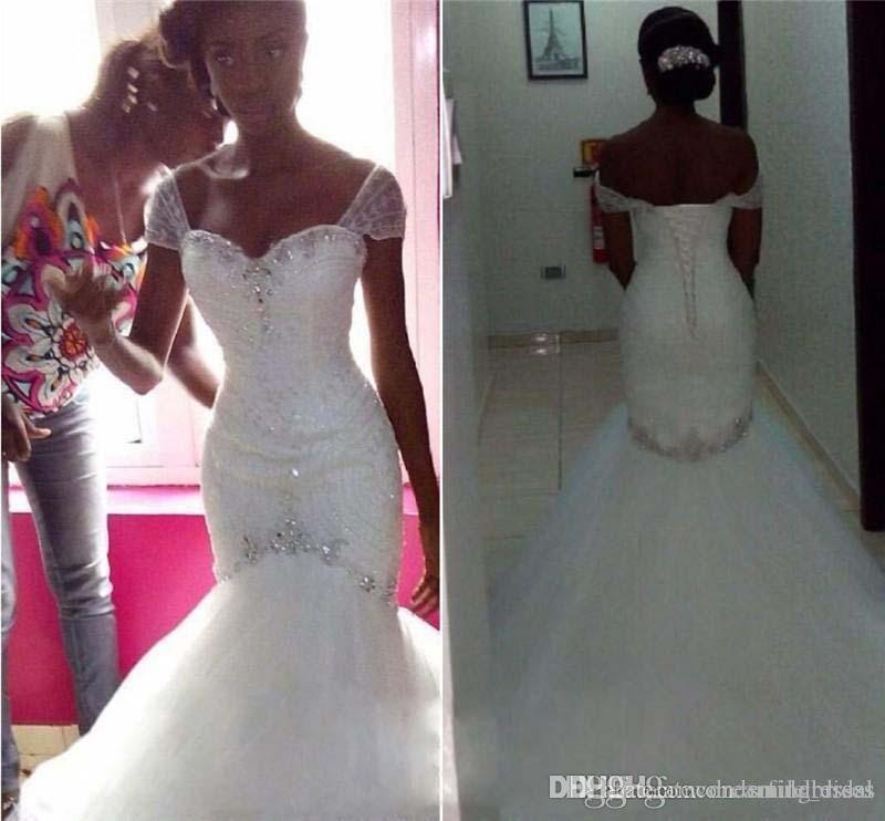 Cristales Sirena tren de la corte vestidos de novia fuera del hombro lentejuelas de encaje vintage con cuentas más tamaño árabe africano Pnina Tornai vestido de novia