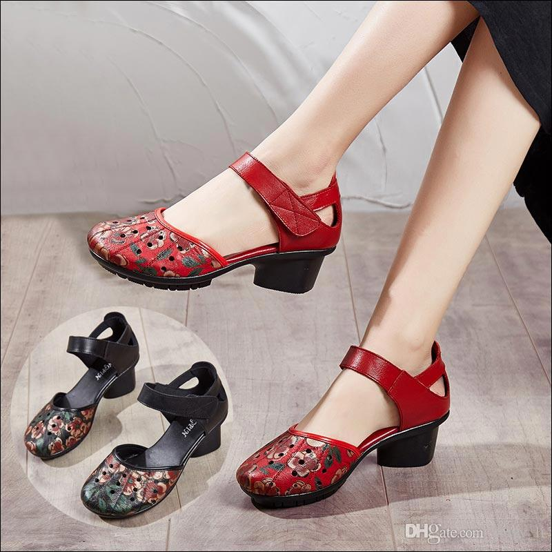 2020 Весна обувь Женщина из натуральной кожи насосы высоких пяток ретро цветок дамы сандалии полые Женщины Насосы Zapatos De Mujer # 20